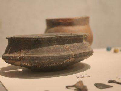 Гончарний посуд черняхівської культури (III — IV ст)