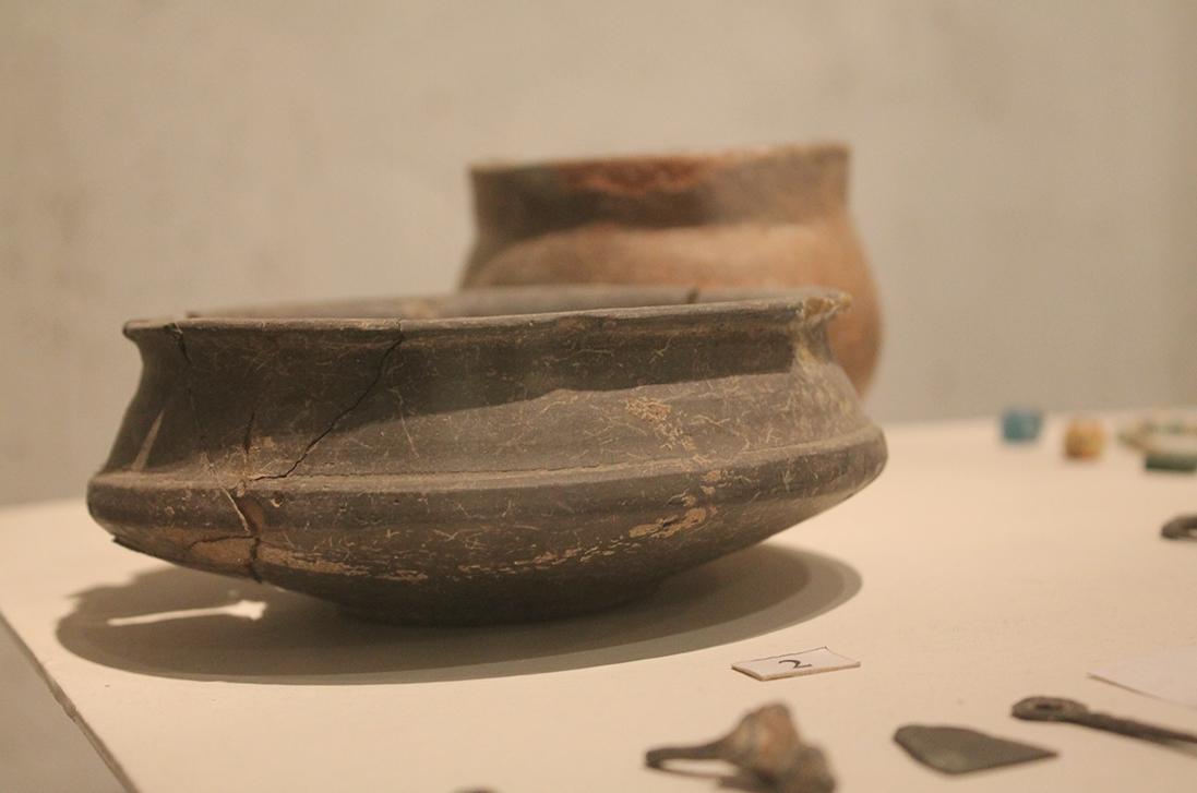Гончарний посуд черняхівської культури (III - IV ст)