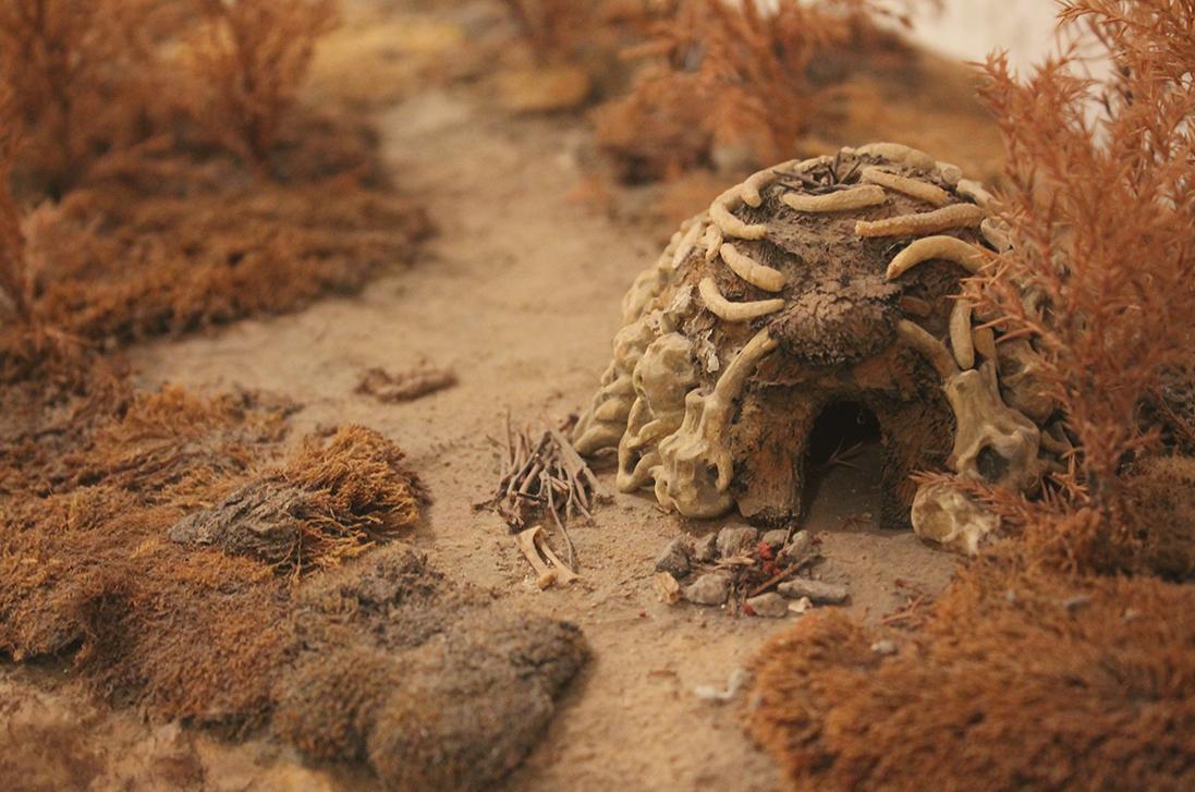 Макет житла людей кам'яної доби палеоліт житло з кісток мамонта