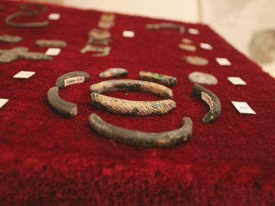Фрагменти скляних браслетів (ХІ-ХІІІ ст)